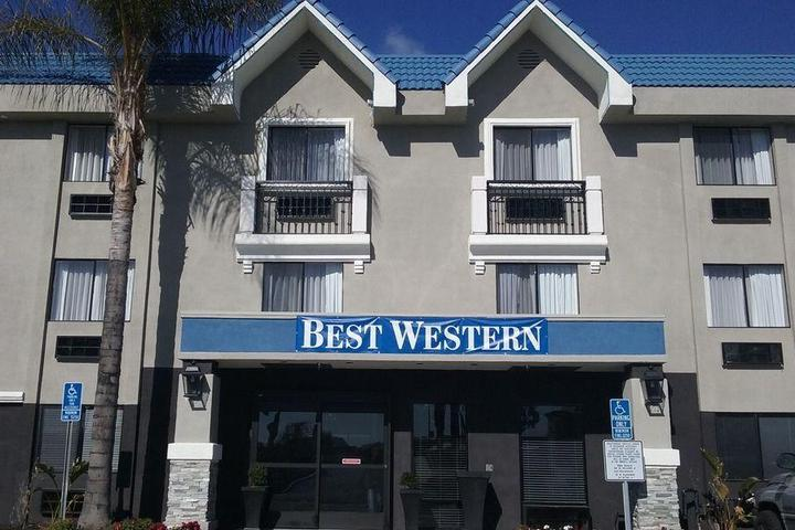 Pet Friendly Best Western Plus Diamond Valley Inn