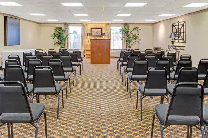 Pet Friendly Baymont Inn & Suites Murfreesboro