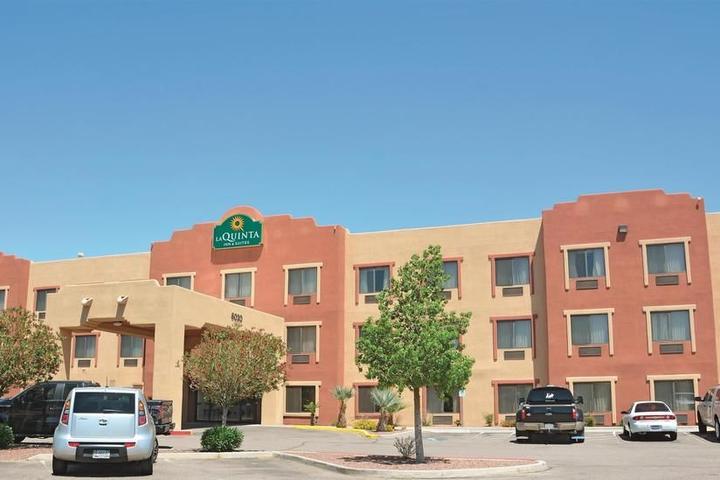 Pet Friendly La Quinta Inn & Suites NW Tucson Marana