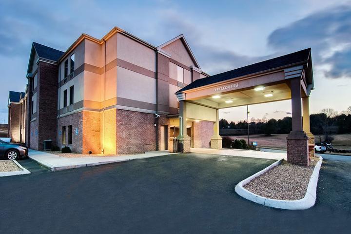 Pet Friendly Hotels In Christiansburg Va Bring Fido
