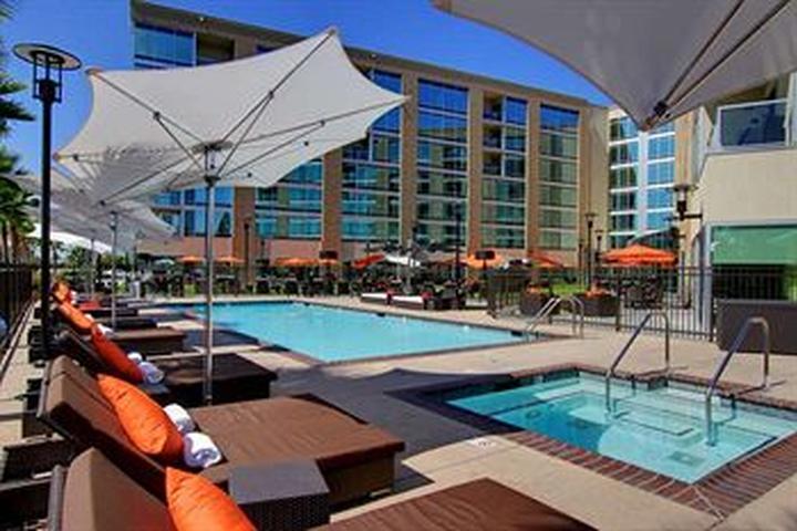 a0e232fccc Pet Friendly University Plaza Waterfront Hotel in Stockton, CA