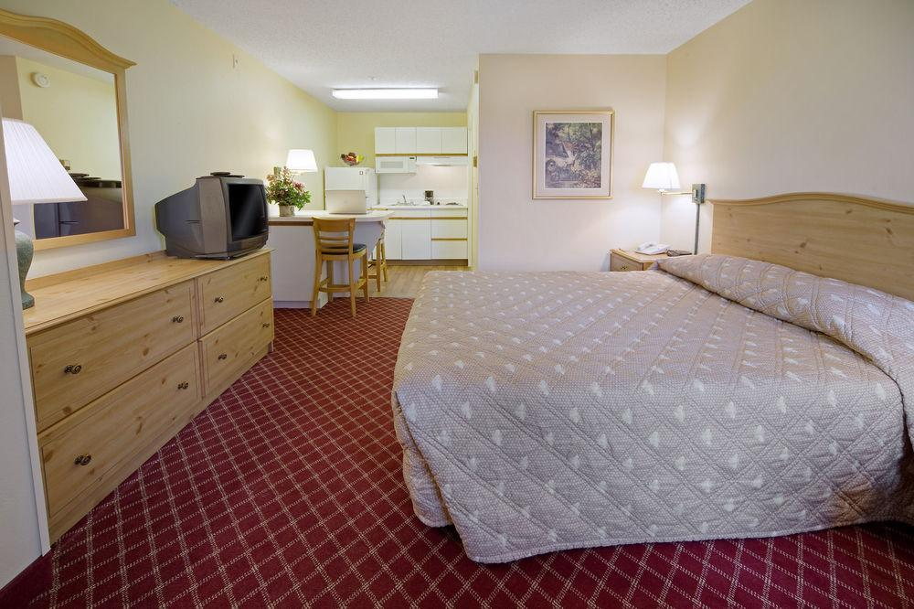 extended stay america phoenix mesa west pet policy. Black Bedroom Furniture Sets. Home Design Ideas