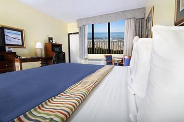 Pet Friendly Best Western Cocoa Beach Hotel & Suites