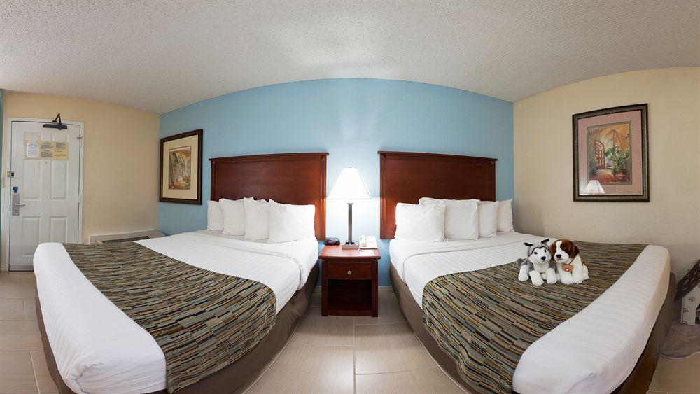 baymont inn suites gainesville pet policy. Black Bedroom Furniture Sets. Home Design Ideas
