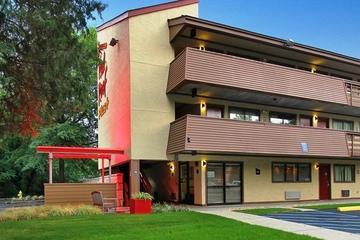 Pet Friendly Red Roof PLUS+ Atlanta Buckhead