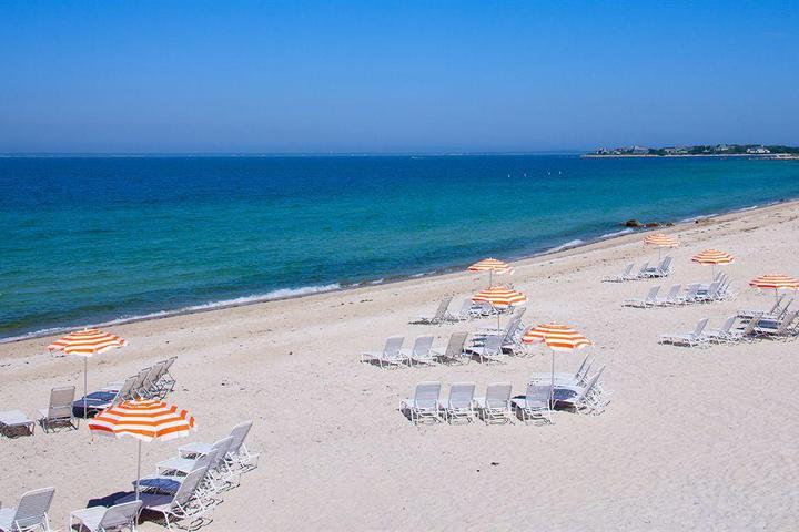 Pet Friendly Sea Crest Beach Hotel