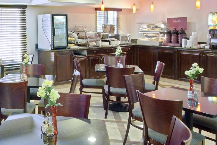 Pet Friendly Best Western Plus Marina Shores Hotel