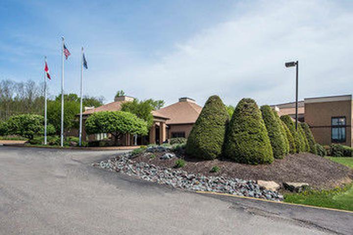 Pet Friendly Comfort Inn Pocono Lakes Region