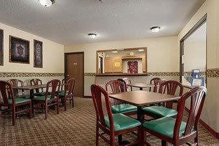 Pet Friendly Super 8 Red Wing
