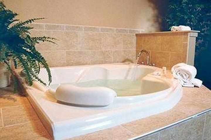 Pet Friendly Clarion Hotel & Conference Center Wilmington New Castle