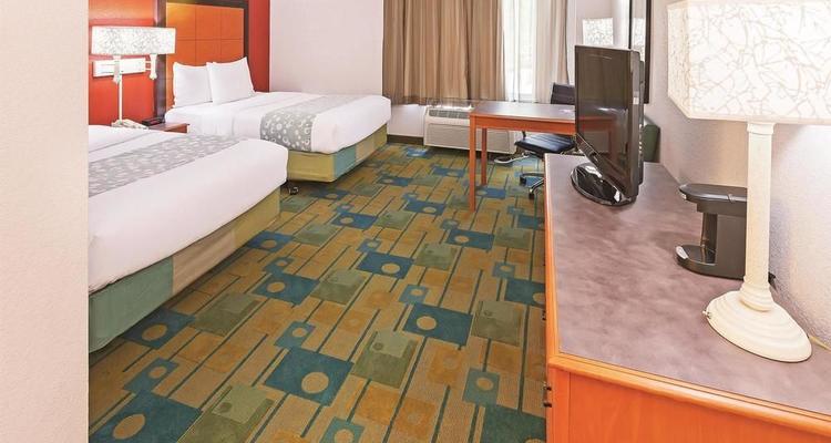 . La Quinta Inn   Suites Houston Galleria Pet Policy