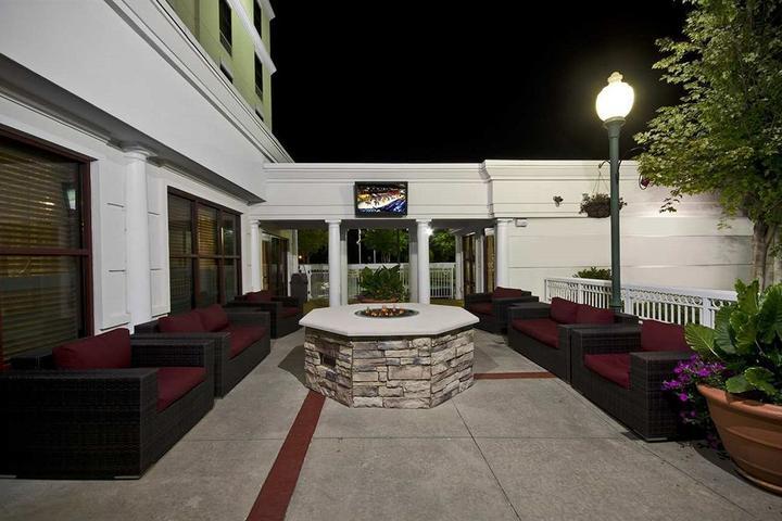 Pet Friendly Hampton Inn Atlanta I-85 Gwinnett Sugarloaf