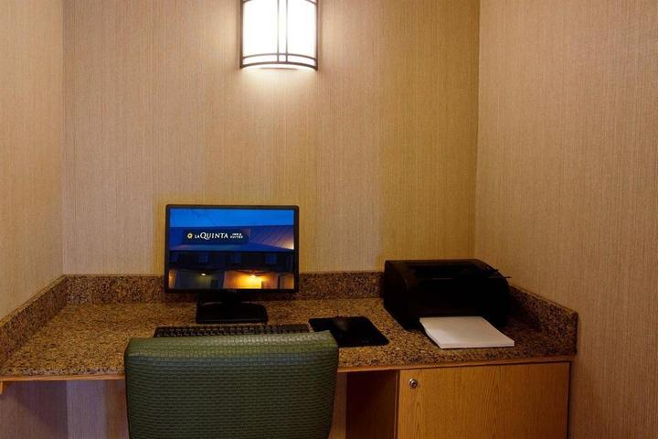 Pet Friendly La Quinta Inn by Wyndham Irvine Spectrum