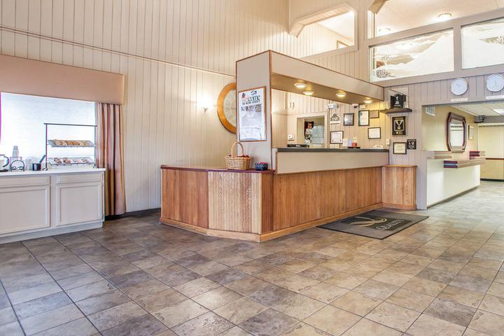 Pet Friendly Quality Inn Mcguire AFB