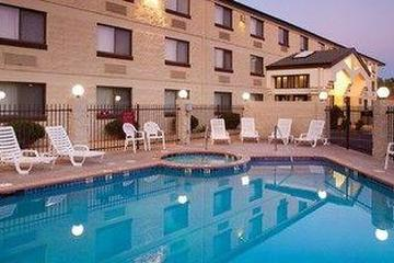 Pet Friendly Red Feather Lodge