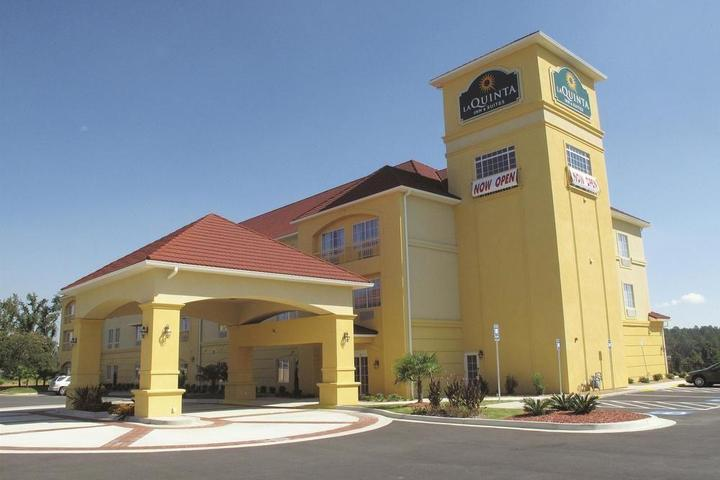 Pet Friendly La Quinta Inn & Suites Macon West