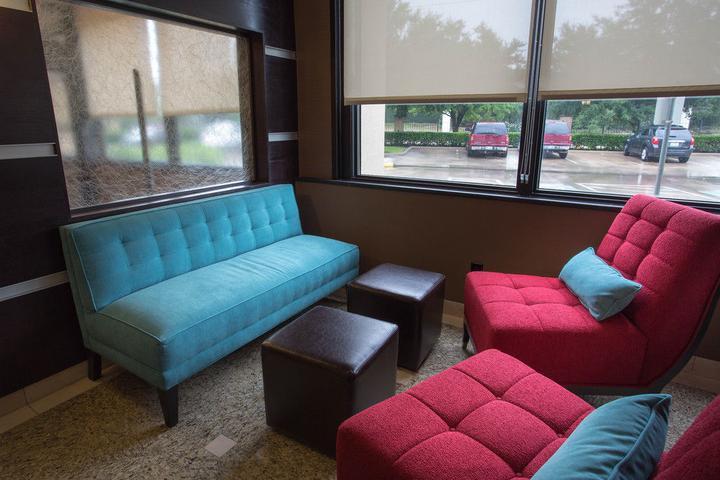 Pet Friendly Drury Inn & Suites Houston Sugarland