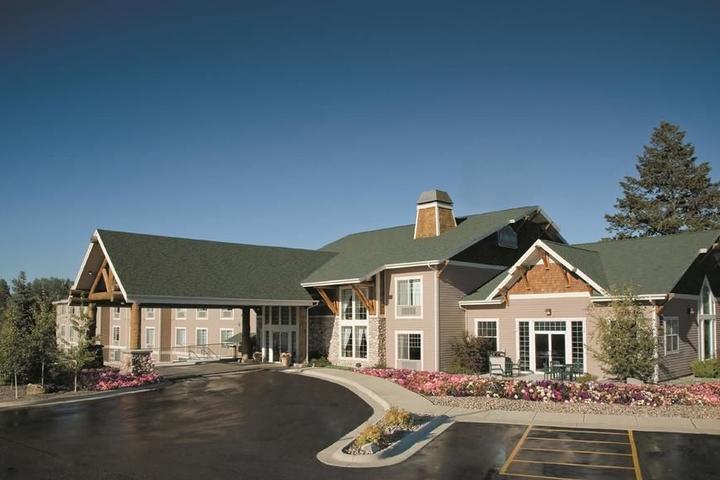 Pet Friendly Hotels in Kalispell, MT - Bring Fido
