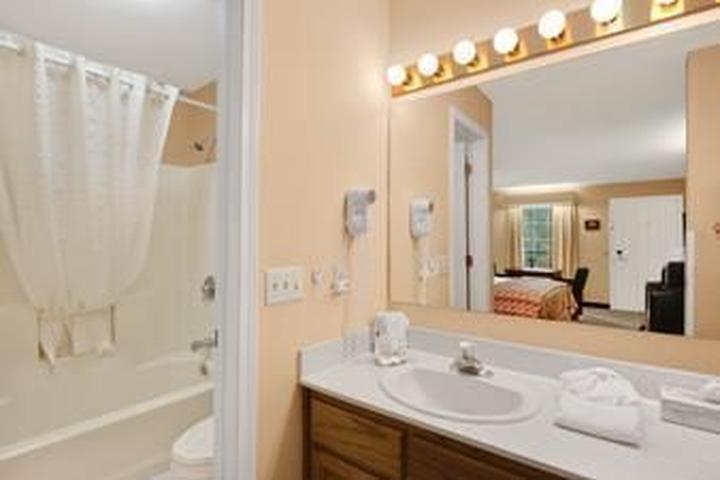 Pet Friendly Hotels in Albany, GA - Bring Fido