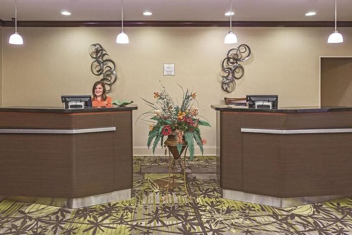 Pet Friendly La Quinta Inn & Suites Tupelo