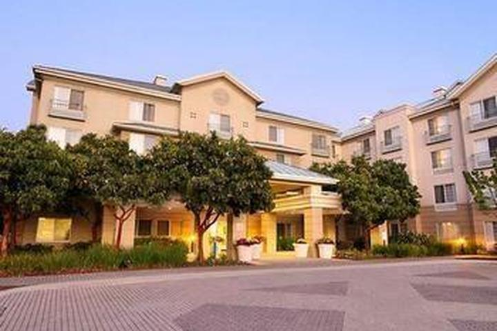 Pet Friendly TownePlace Suites by Marriott Redwood City