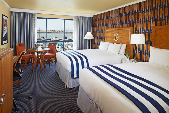 Pet Friendly Waterfront Hotel