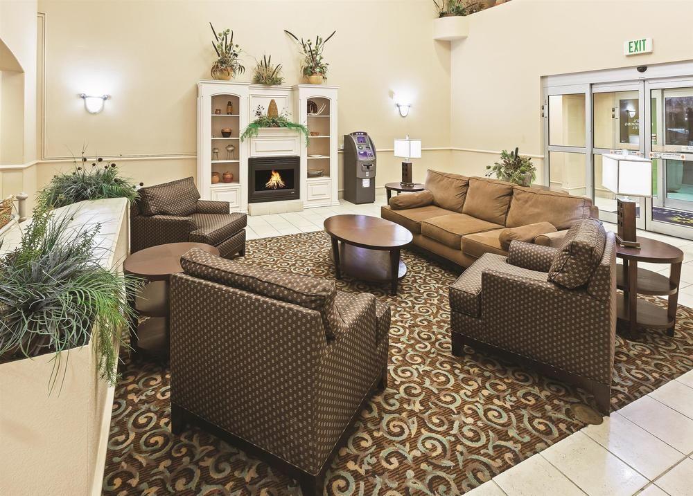 la quinta inn suites new braunfels pet policy rh bringfido com