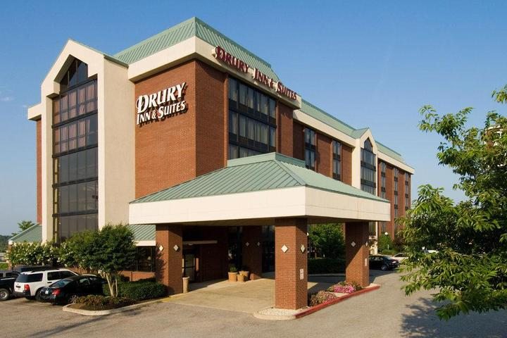 Pet Friendly Drury Inn & Suites Memphis Southaven