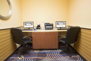 Pet Friendly Holiday Inn Express Hotel & Suites Denver North Thornton