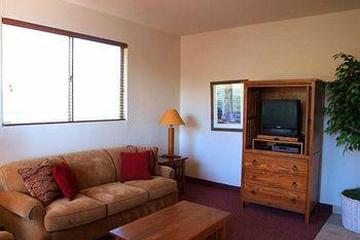 Pet Friendly Inn at Eagle Mountain