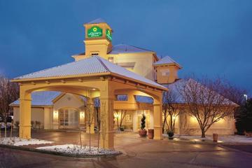 Pet Friendly La Quinta Inn & Suites Denver Southwest Lakewood
