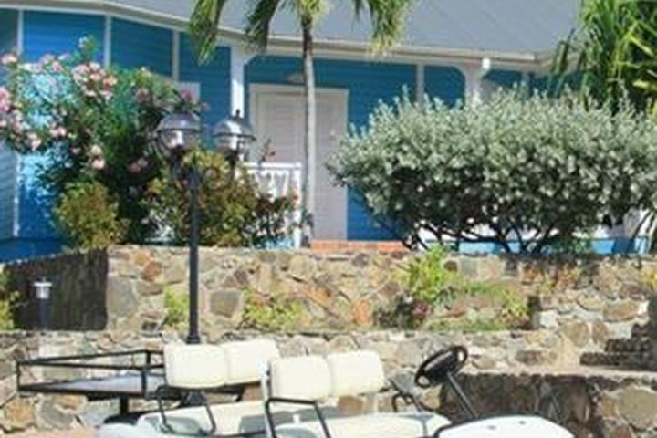 Pet Friendly Esmeralda Resort