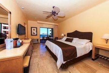 Pet Friendly Penasco Del Sol Hotel And Conference Center
