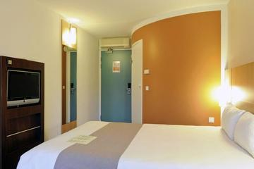 Pet Friendly Ibis Amsterdam City Stopera