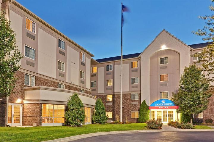 Pet Friendly Candlewood Suites Indianapolis