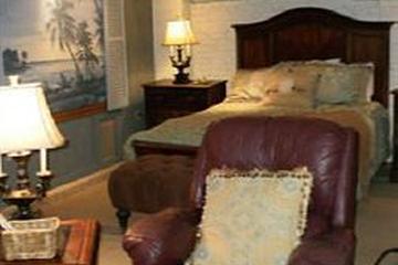 Pet Friendly Tybee Island Inn Bed and Breakfast