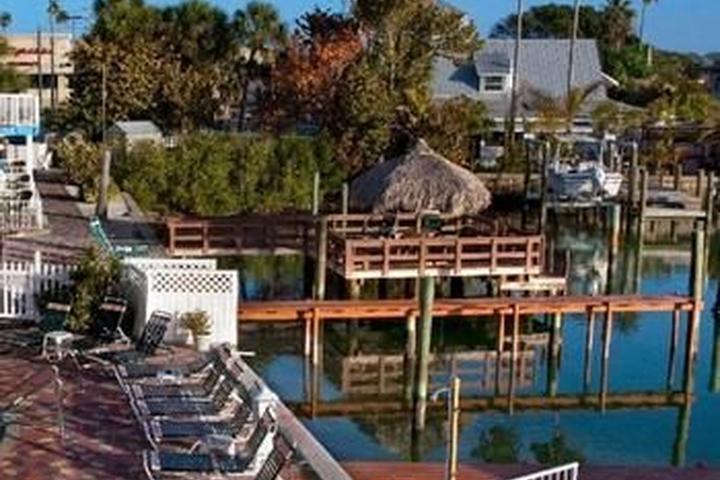 Pet Friendly Bay Palms Waterfront Resort