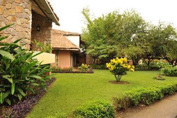 Pet Friendly Hotel Club Du Lac Tanganyika