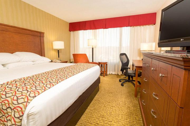 Pet Friendly Drury Inn & Suites Atlanta NW Marietta