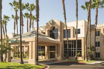 Pet Friendly Hyatt House Cypress Anaheim