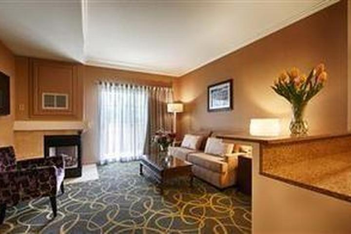 Pet Friendly Best Western Plus Inn Dixon