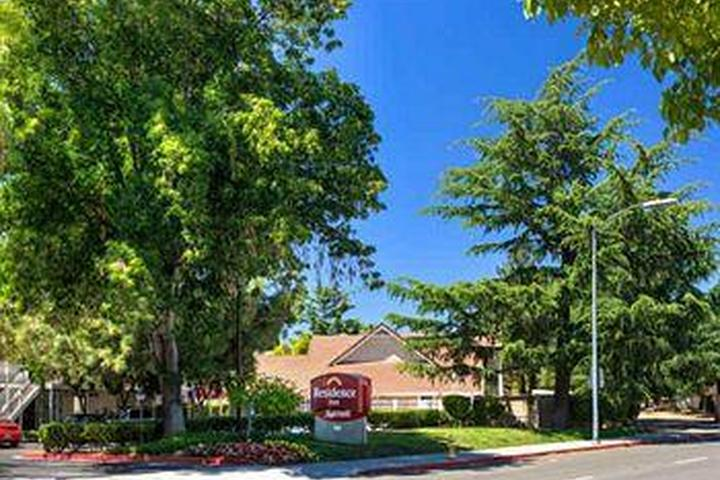 Pet Friendly Residence Inn by Marriott San Jose Campbell