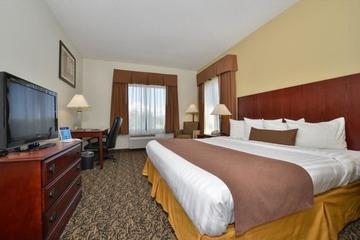 Pet Friendly Best Western Plus Louisville Inn & Suites