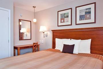 Pet Friendly Candlewood Suites Sierra Vista