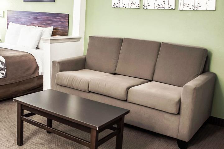 Pet Friendly Sleep Inn & Suites Stony Creek