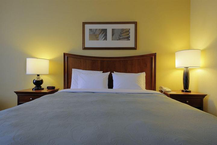 Pet Friendly Country Inn & Suites Orangeburg