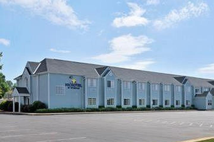Pet Friendly Microtel Inn & Suites by Wyndham Cottondale
