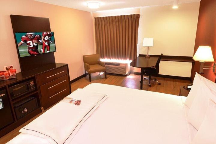 Pet Friendly Red Roof Inn St Clairsville