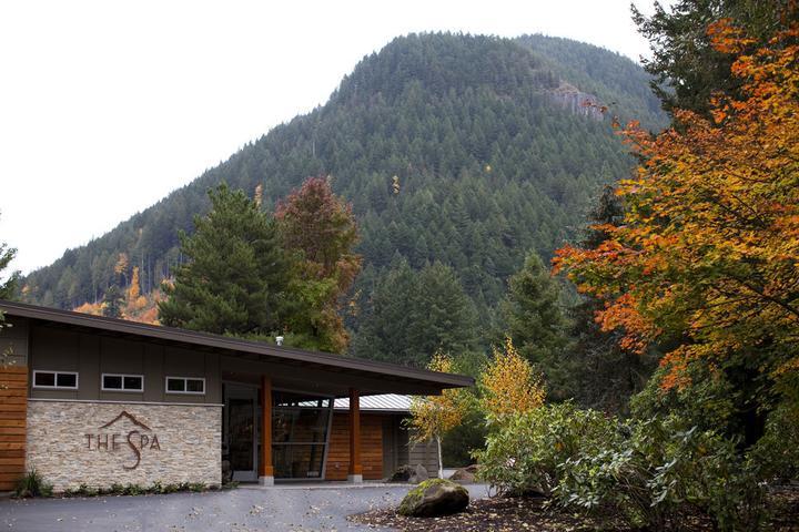 Pet Friendly Mount Hood Oregon Resort