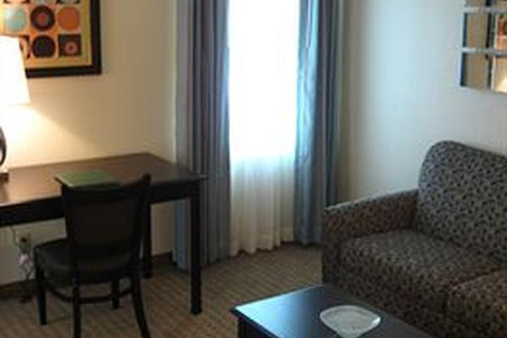 Pet Friendly Eastland Suites Hotel & Conference Center
